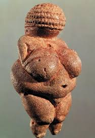 รูปแกะสลัก Venus of Willendorf ซึ่งแสดงให้เห็นแนวคิดนี้ได้ชัดเจนที่สุด